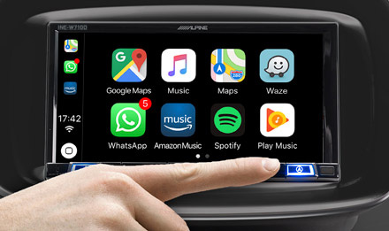 Direct Access to Smartphone Navigation INE-W720S453B